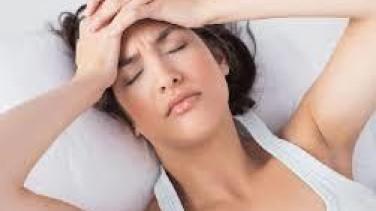 Adet Öncesi Baş Ağrısı Nedenleri ve Bitkisel Tedavi