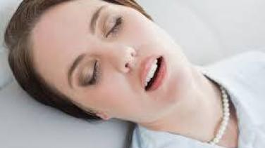 Ağzı Açık Uyumak Nedenleri ve Tedavisi