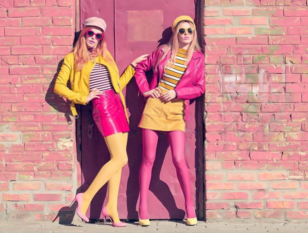 Moda Fotoğraf Çekiminde Olan İki Model